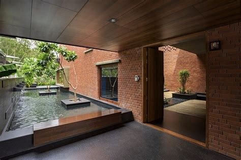 Pune Brick House - Intimate Retreat in the Urban Environment