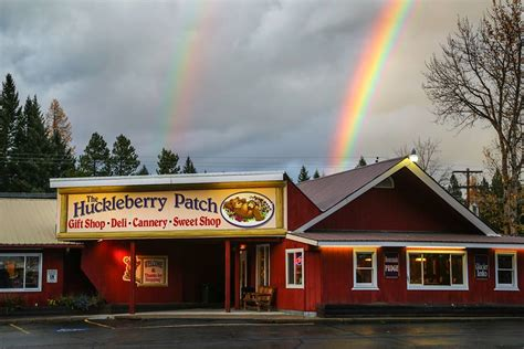 12 Best Huckleberry Dishes In Montana
