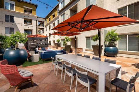 The Pointe at Warner Center - 32 Reviews | Woodland Hills
